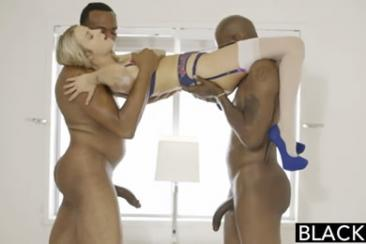 Karla Kush - threesome sex in the office